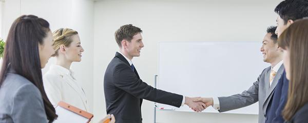 スタッフ教育教材開発・語学講師派遣